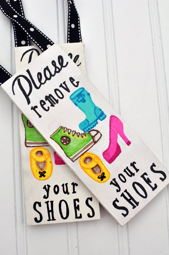 Ideal Remove The Shoes! {10 Creative Signs For Guests} | Tip Junkie SV67