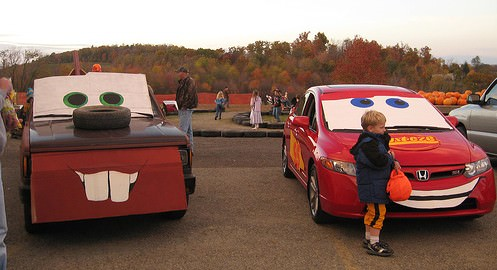 Decorate Your Car For Trunk or Treat