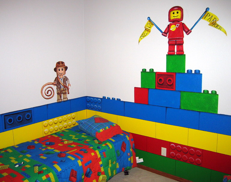 Lego Wall Decor 18 awesome boys lego room ideas! | tip junkie