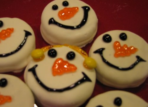 Oreo Cookie Snowmen Recipe