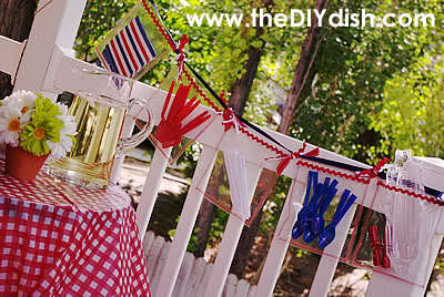Plastic Picnic Pocket BBQ Garland Tutorial