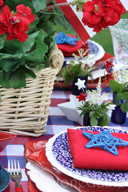 th of july table setting