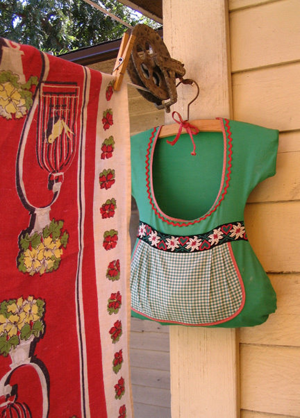 Dirndl Clothespin Bag Pattern