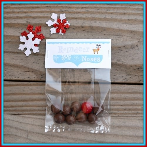Christmas Treat Bag Topper for Reindeer Noses {Printable Party Favors}