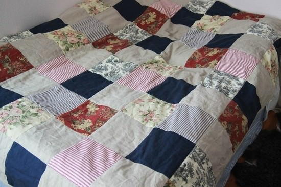 10424-french-country-linen-quilt.jpg