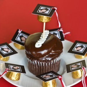 12095-graduation-candy-favors.jpg