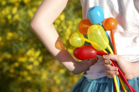 12935-make-simple-balloon-tulips.jpg