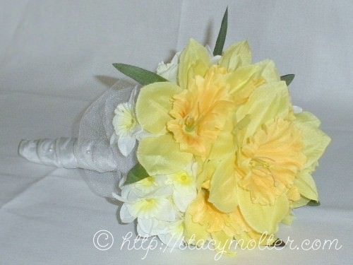 13223-diy-wedding-or-anniversary-silk-bouquet-tutorial.jpg