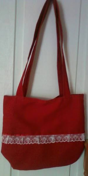tip-handmade-red-bag-1-image-1.jpg