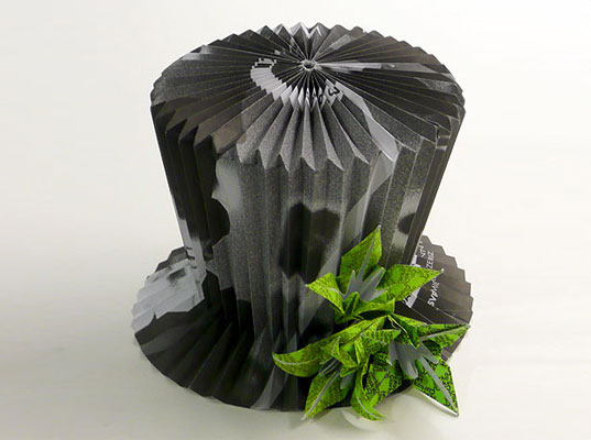 Make a Pleated, One-Size-Fits-All Top Hat From Office Waste Paper