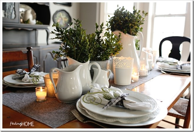 Christmas Boxwood and Houndstooth Tablescape