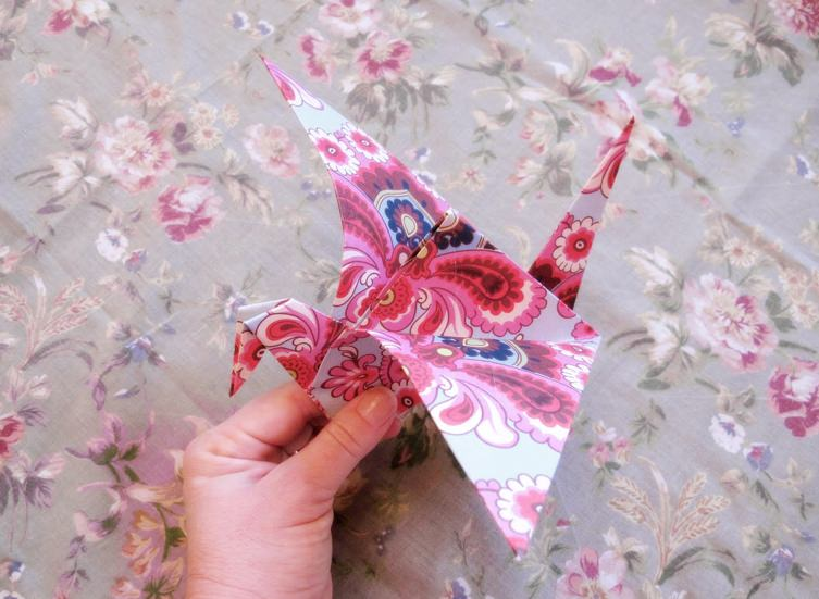 8 coolest origami cranes to fold tip junkie for How to fold a crane step by step