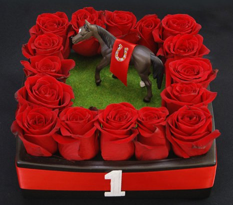 Run for the Roses Centerpiece