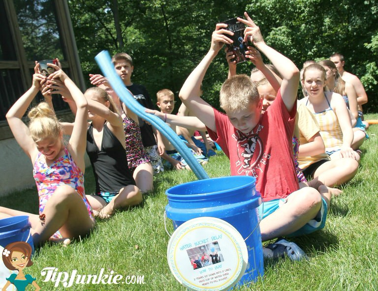 Summer Party_Bucket_Relay_TipJunkie