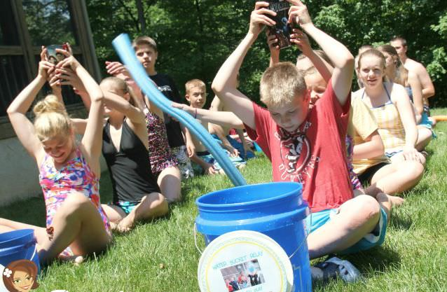 Water Bucket Relay Game For Kids How To Play Games Which Make Such Fun Outside Activities And Summer Party