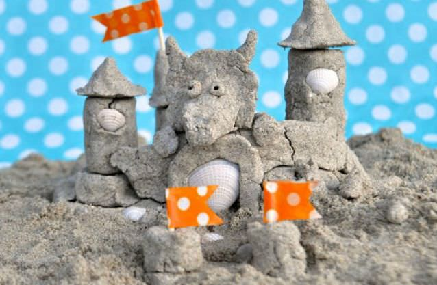 Sand-Dough-to-Make-Sand-Castles-that-Last-by-Make-Life-Lovely1