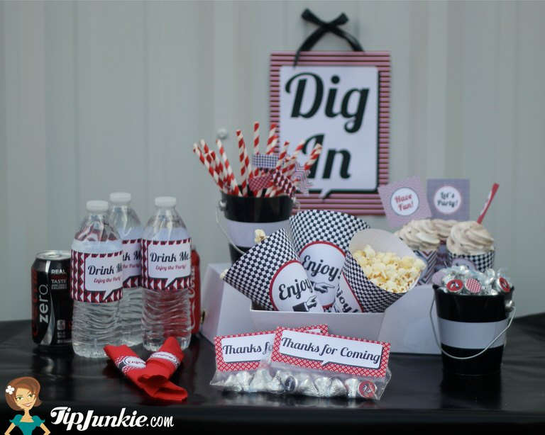 Retro Red Black White Party Decorations 16 Free Printables By