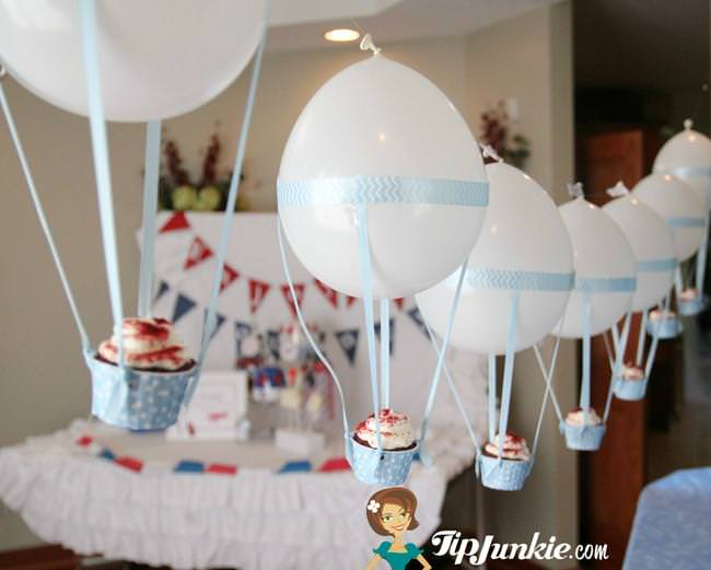 Hot_Air_Balloon_Cupcake_TipJunkie-jpg
