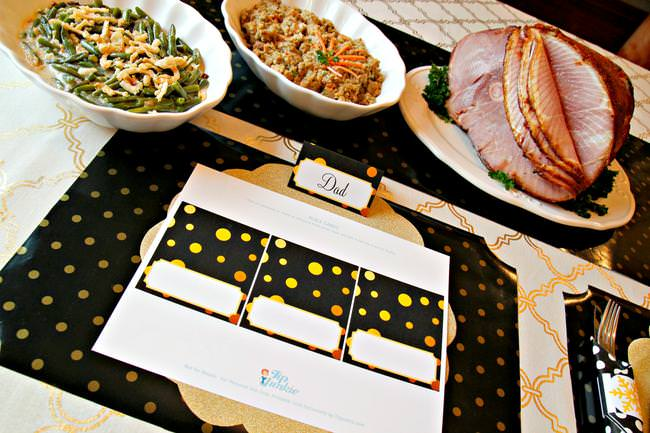 Free Printable Place Cards black and gold Christmas Tip Junkie