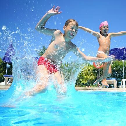 20 Fun Swimming Pool Games for Kids on Tip Junkie-square