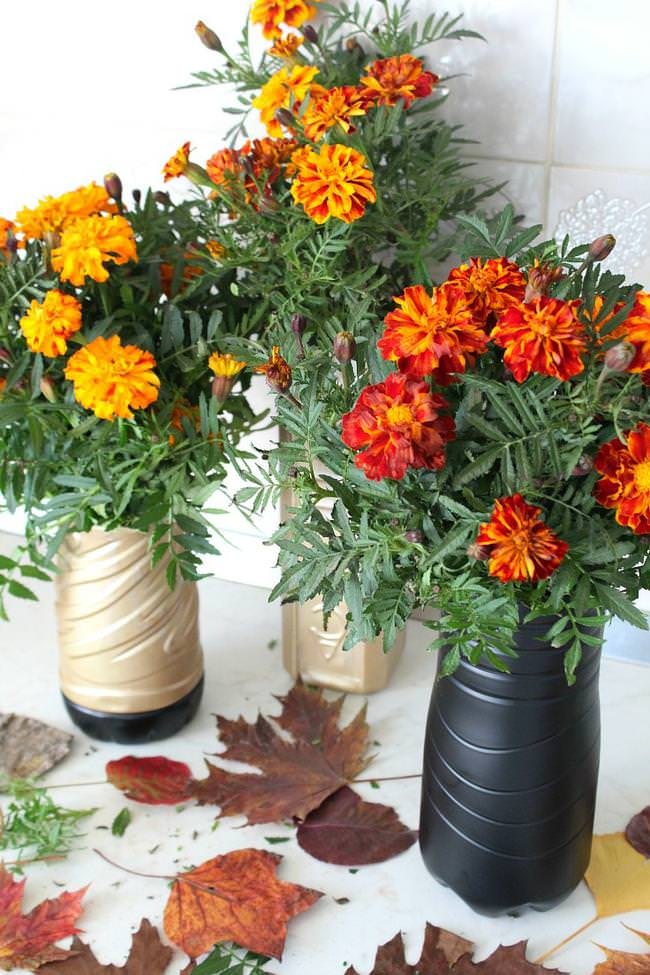 Diy Flower Vase Out Of Plastic Bottle Tip Junkie