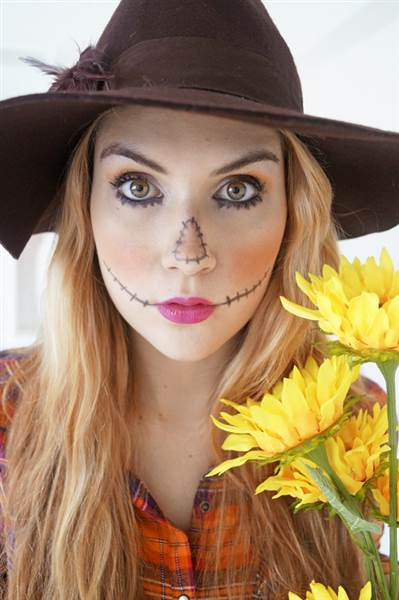 Sea Witch Costume Ideas 15 DIY Animal Hallowee...