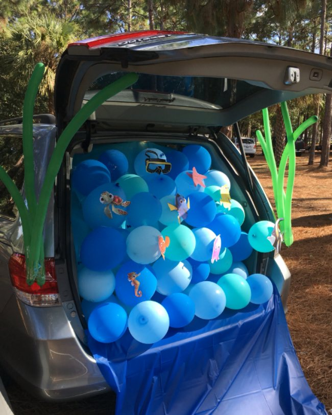 Finding Nemo Decorated car trunk