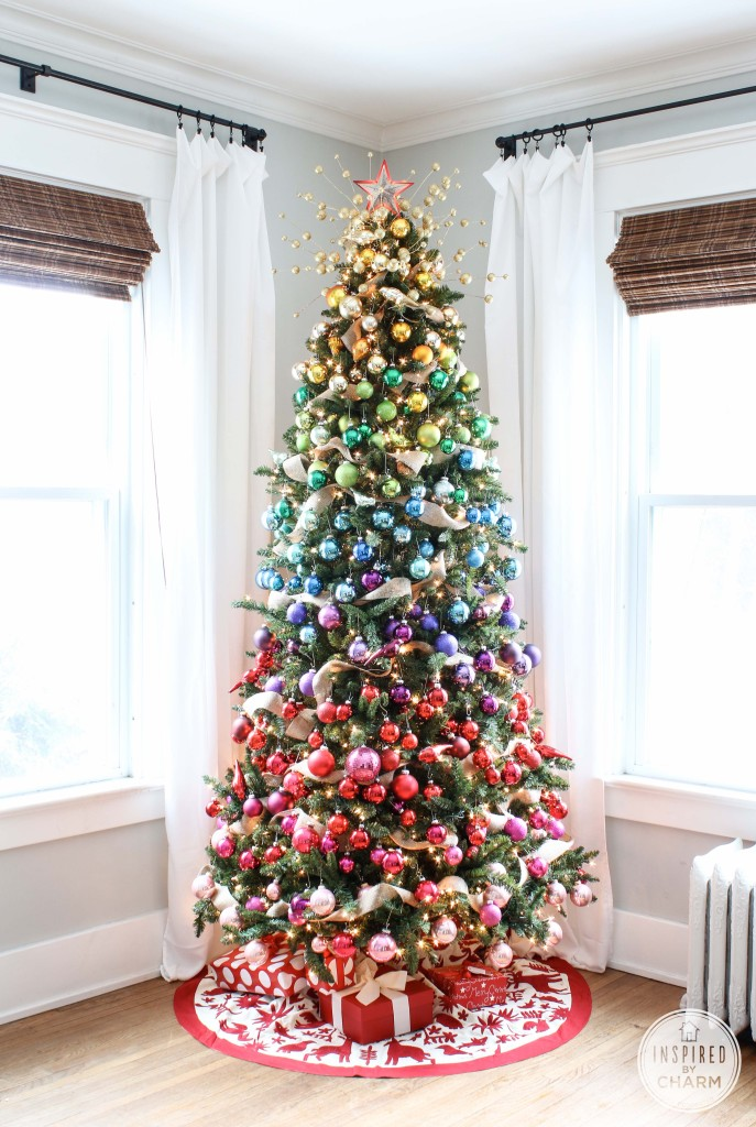 gradient-rainbow-inspired-christmas-tree