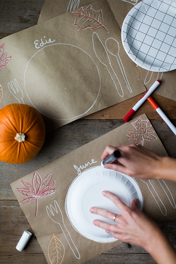kraft-paper-thanksgiving-placemats