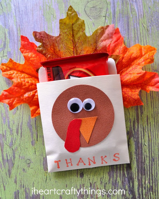 turkey thanksgiving party favor