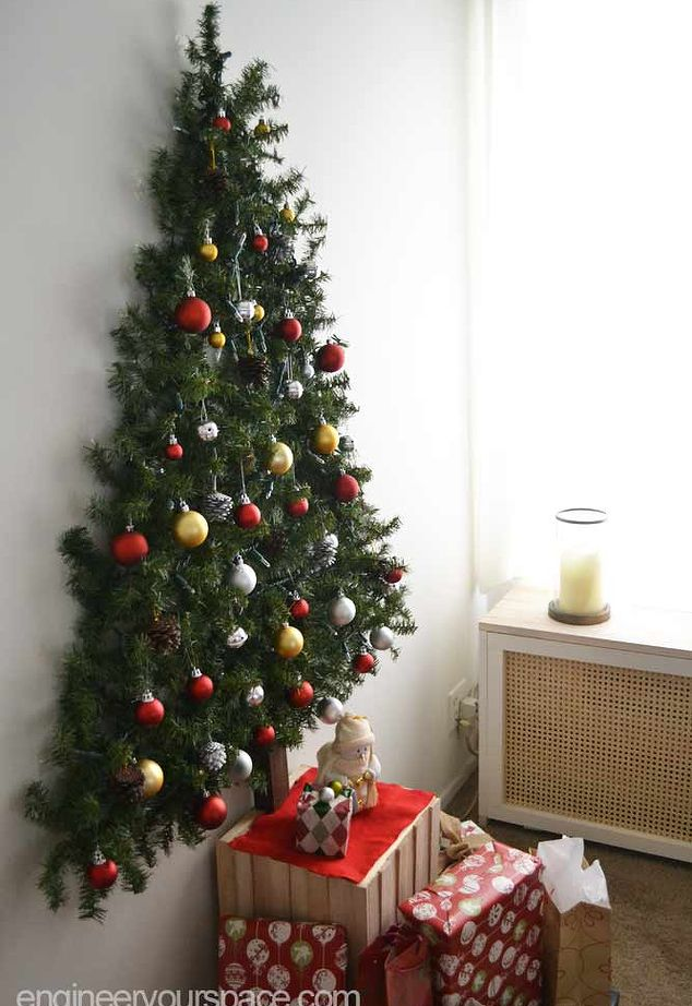 10 DIY Wall Christmas Tree Ideas