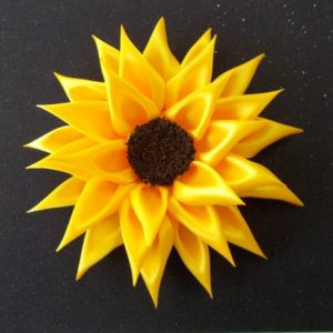 DIY For Girls : How To Make Kanzashi Satin Ribbon Sunflower
