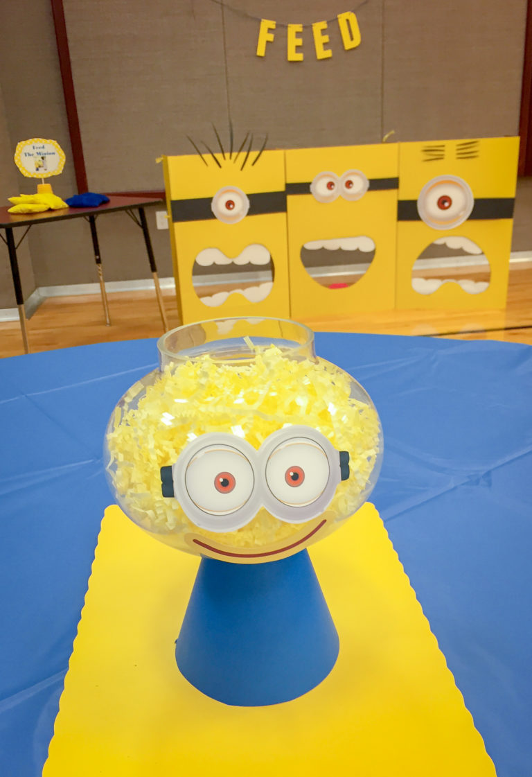 Feed the Minion Bean Bag Toss Game
