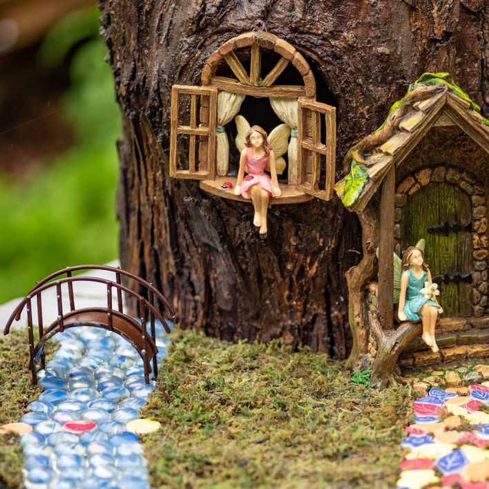 Magical Fairy Garden Ideas to DIY_square