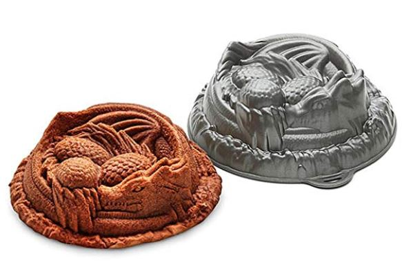 Dungeons and Dragons Cake Pan