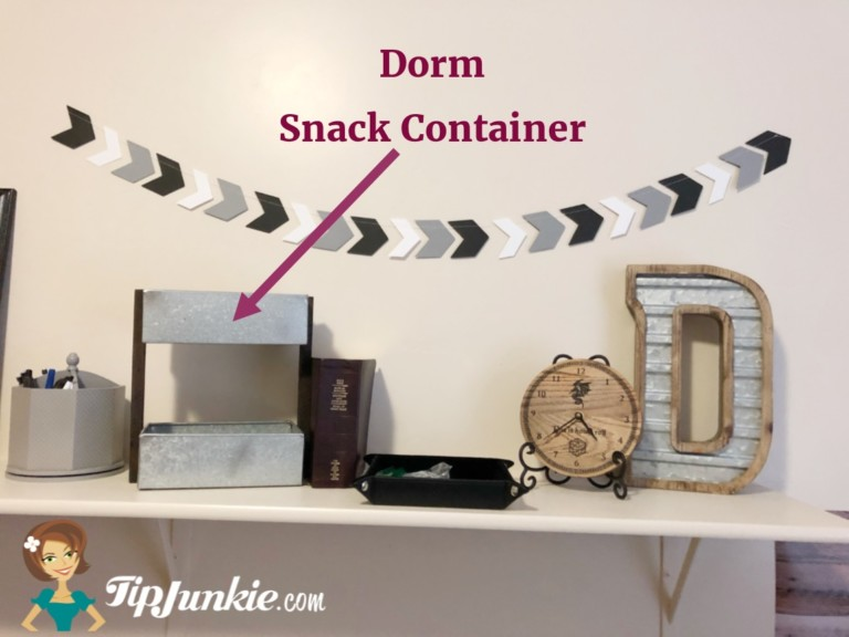 Dorm Room Ideas for Snack Containers for Guys
