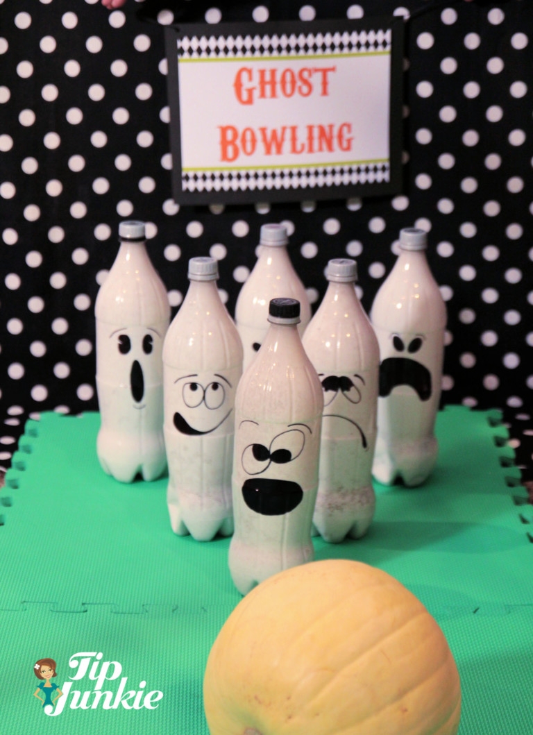halloween games for kids Ghost Bowling