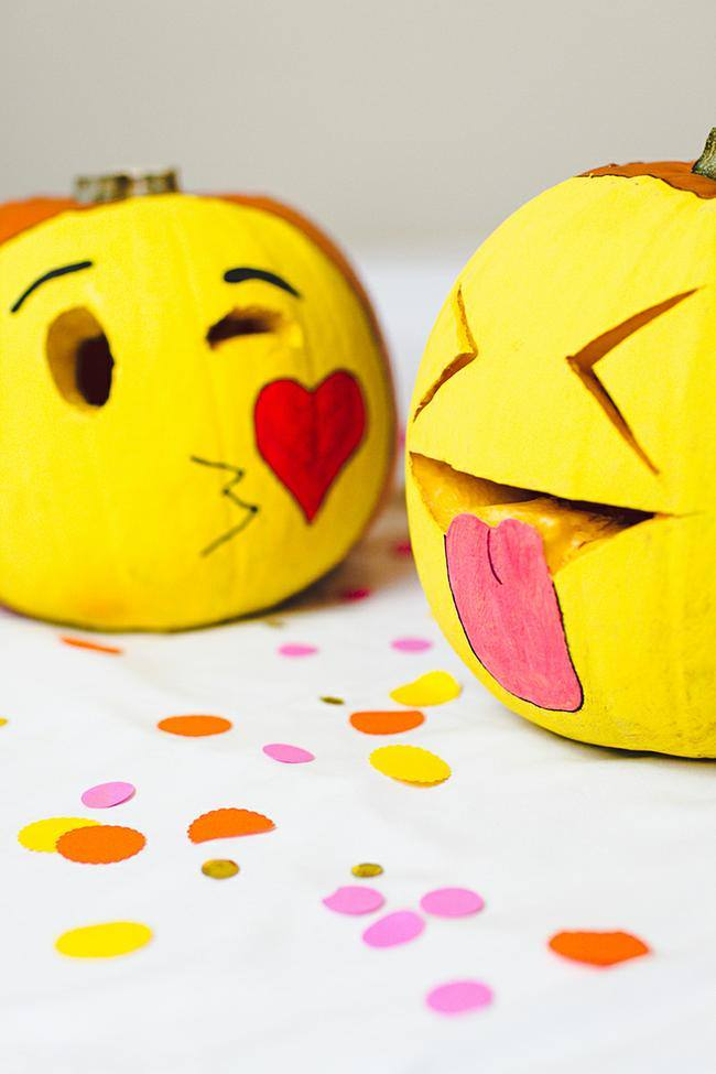 DIY-Emoji-Pumpkins-Halloween-Decor-Fun-Painting-Tutorial-6-jpg