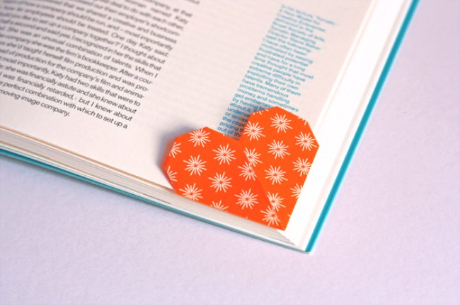 Heart Shaped Origami Bookmark