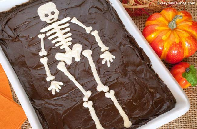 sheet-cake-skeleton-template-everydaydishes_com-H-740x486-jpg