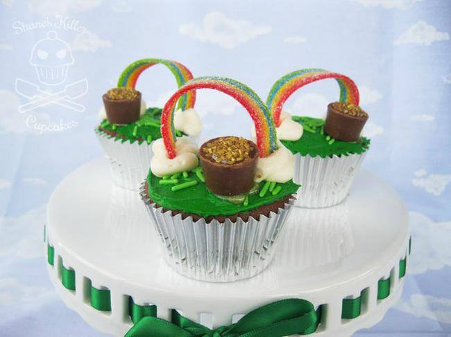 Pot O'Gold Rainbow Cupcakes