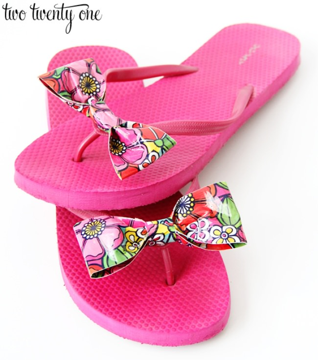 Flip Flops with Duck Tape Bows