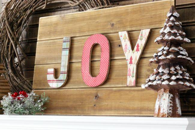 DIY Dimensional Letter Holiday Sign
