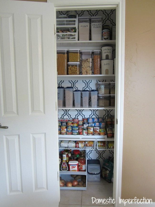 Pantry Makeover {Organization}