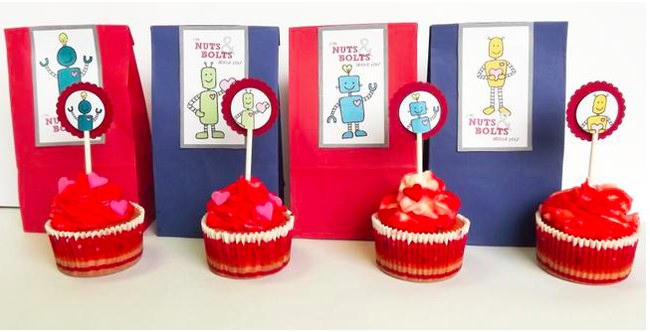 Valentine's Day Robot Cup Cake Toppers and Goody Bag Tags -png