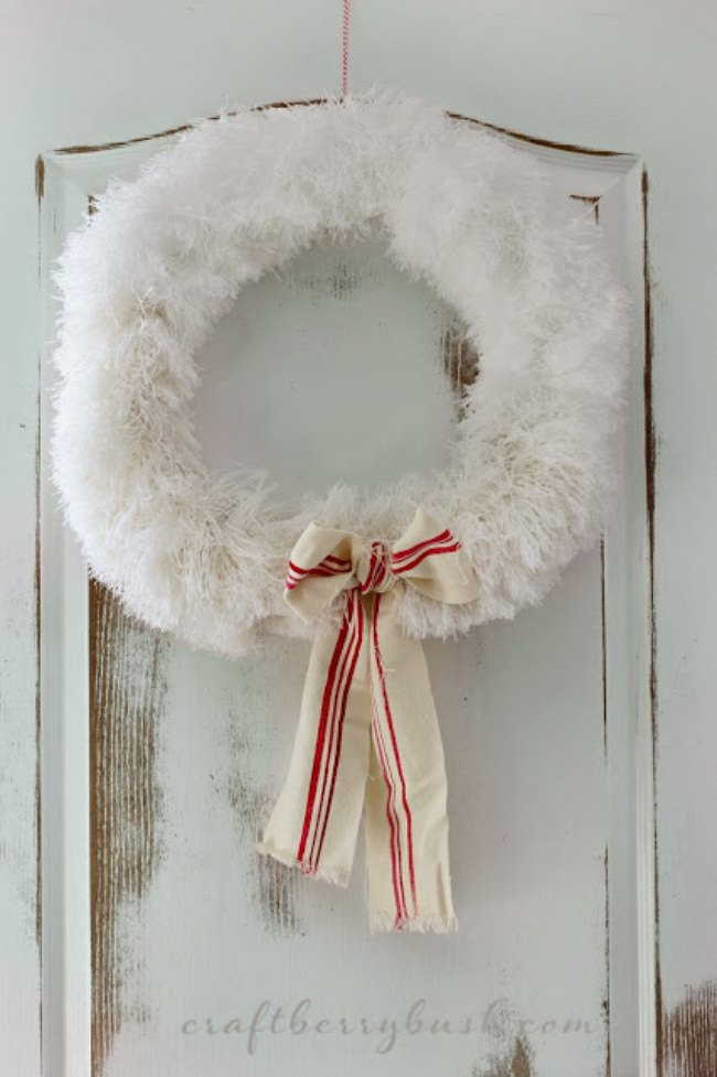 Festive Feather Wreath