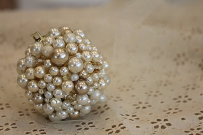 Pearl Cluster Ornament DIY {Christmas Ornaments}