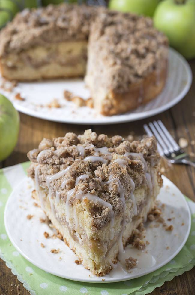 Cinnamon-Apple-Crumb-Cake-Site-2-jpg