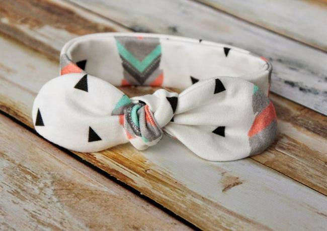Knot Bow Headband {free pattern}