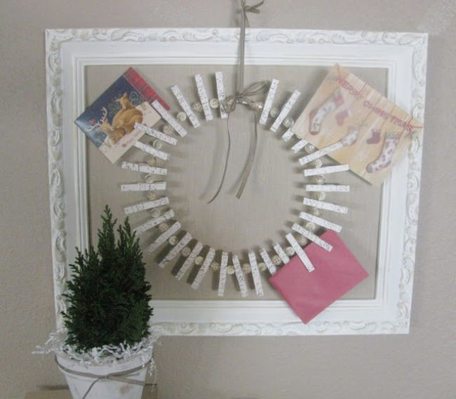 Christmas Card Holder Wreath